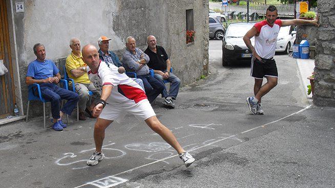 Torneo di palla elastica a metra losferisterio - Giorgi casa san marino ...
